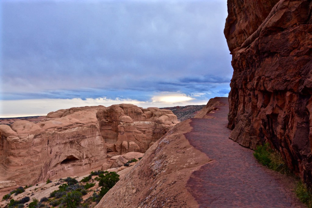 Way to Delicate Arch