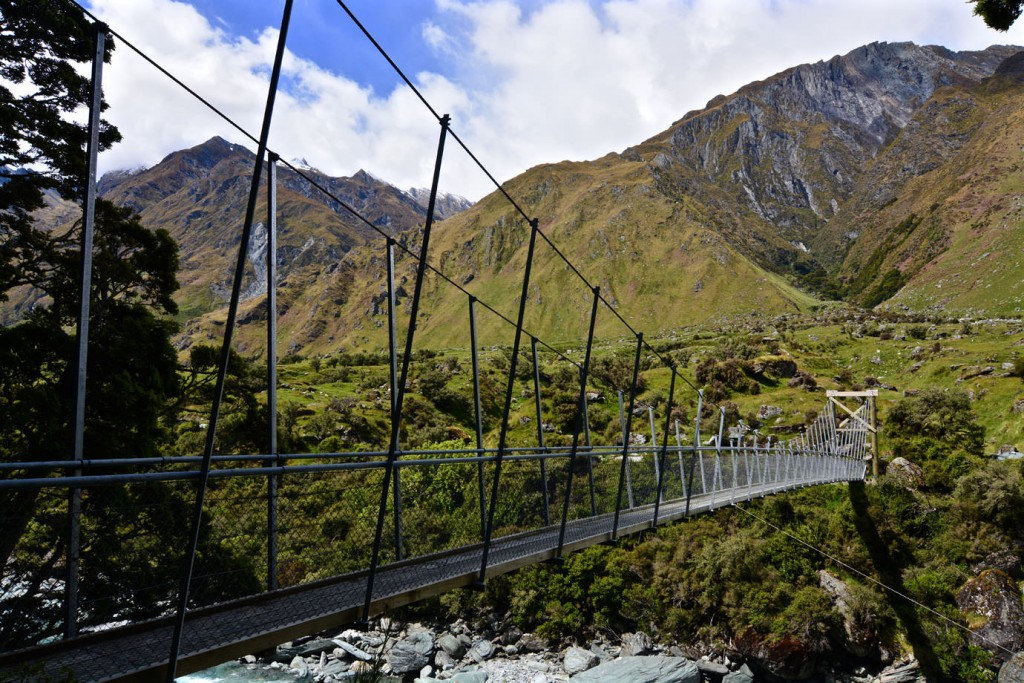 Suspension bridge at Matukituki River