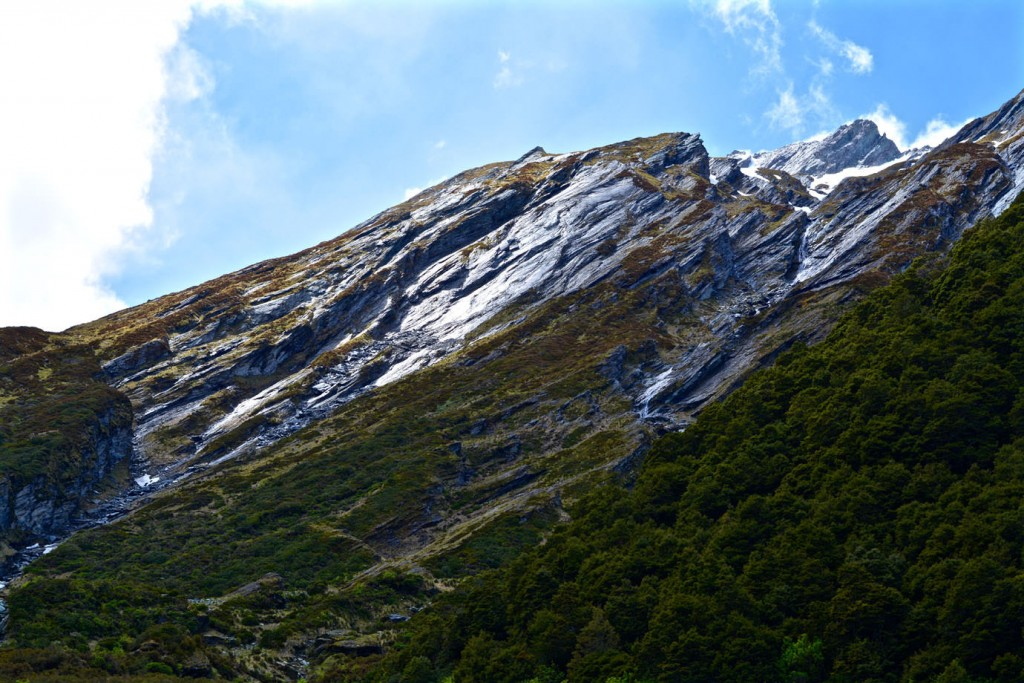 Mountains on the way to Rob Roy Glacier