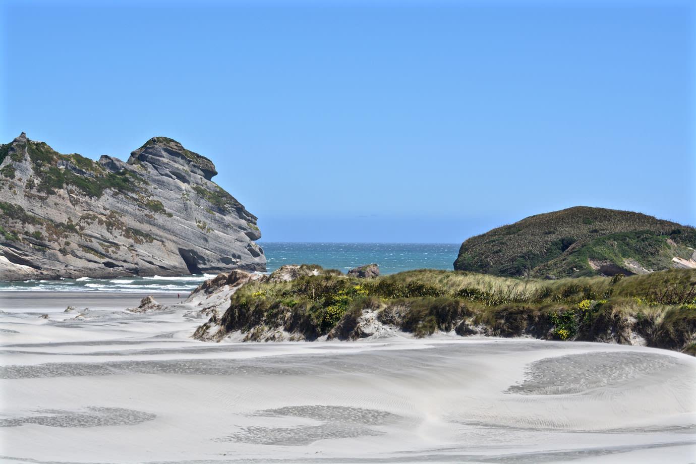 wharariki beach  u2013 liana