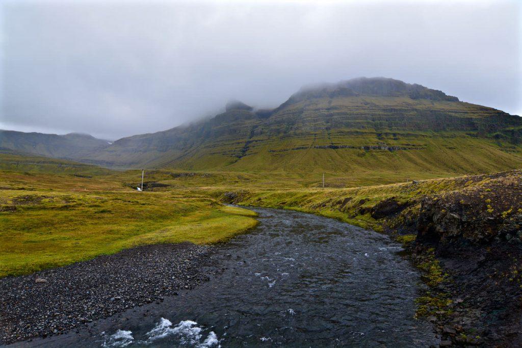 Kirkjufellsfoss river