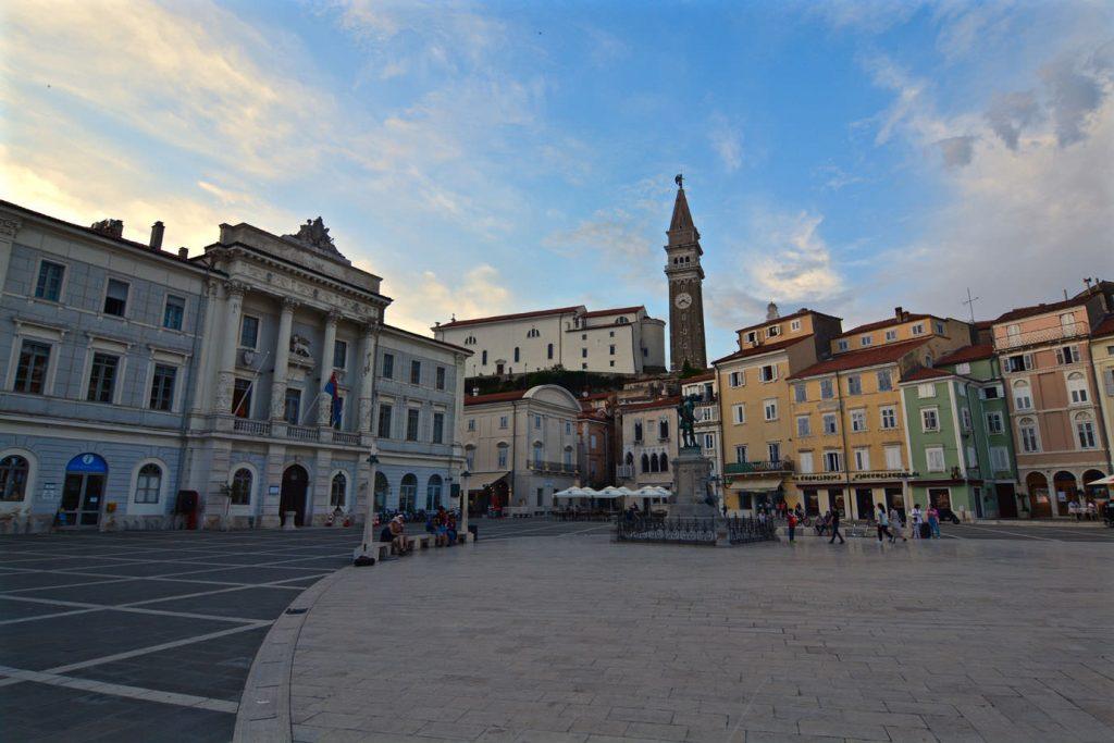 Piran market square