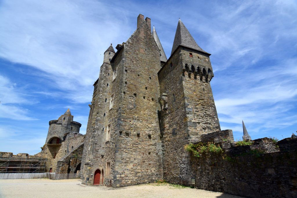 Castle_Vitre_tower