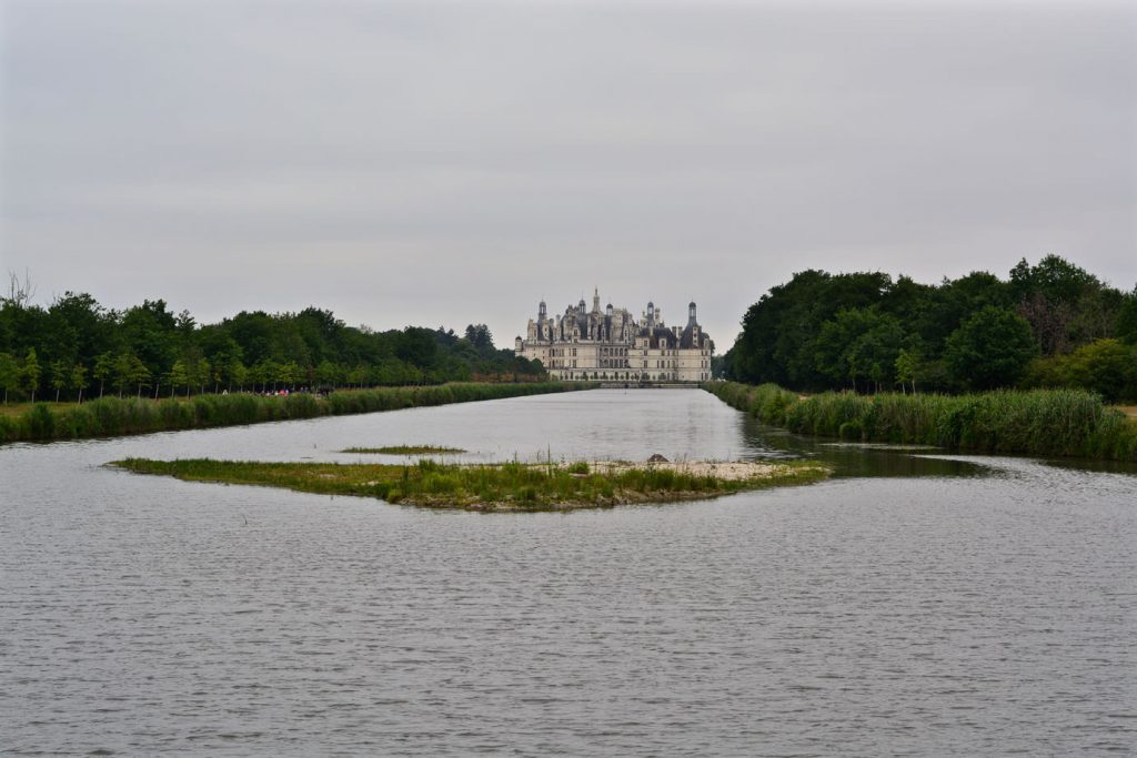 chateau_lake